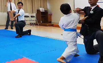 空手運動会 試割り1(晴城会 城東区)